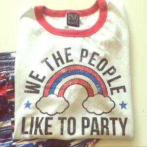Red white & Blue graphic t-shirt size XXL
